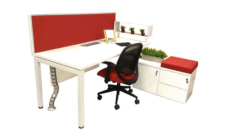 53fedfb3aea2a5c70ee91821_Desking-Table.jpg