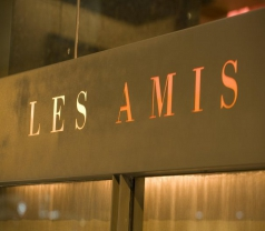 Les Amis Restaurant Photos