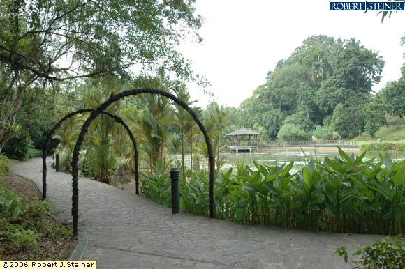 Singapore Botanic Gardens, Entrance of Lotus Lake